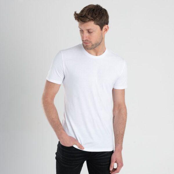 Duurzaam ondershirt / sportshirt met slim fit pasvorm voorkant manwit
