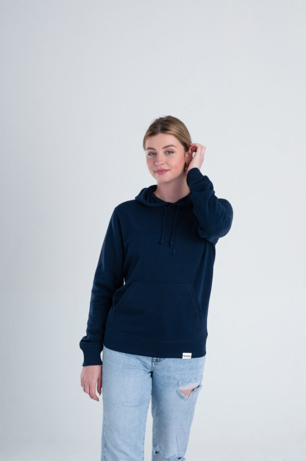 Duurzame hoodie trui Marineblauw voorkant vrouw