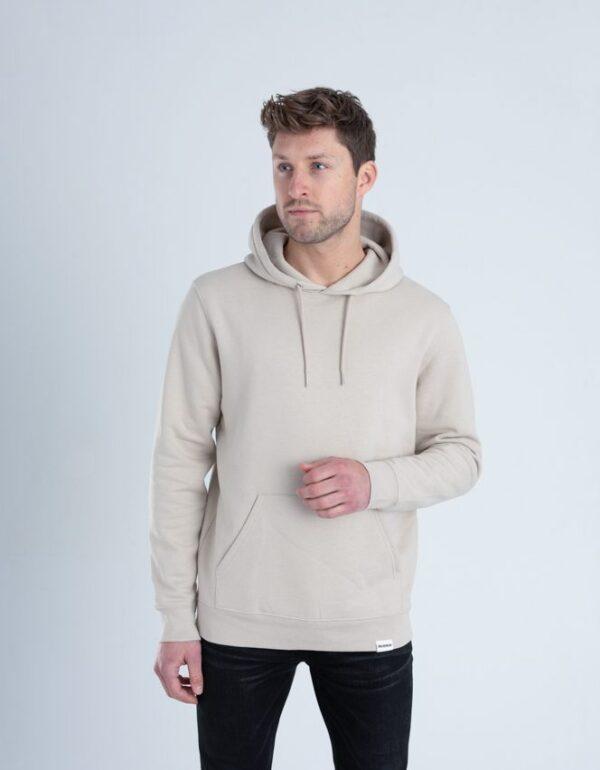 Duurzame premium hoodie trui Zandkleurig voorkant man