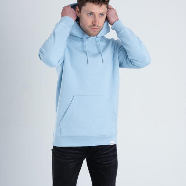 Duurzame premium hoodie trui Lichtblauw voorkant man